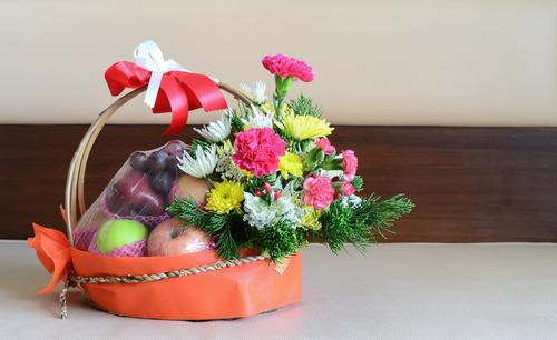 Grab The Advantages Of Presenting Fruit Basket