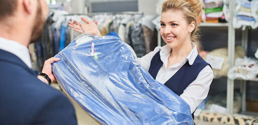 Access Fresh Garments by Using Dry Cleaning Service